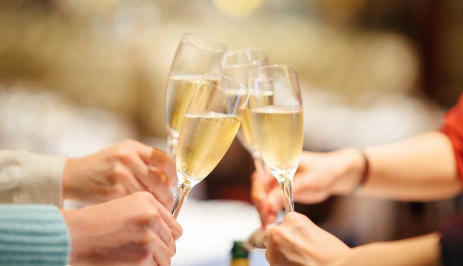 【10日間限定:金賞ワインを含む45種スペシャル飲み放題を特別価格1,500円で!(11/21まで)】