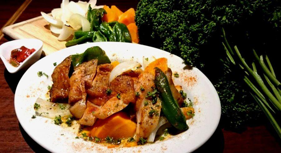 【Salt中目黒の今週の週替わりランチ:大山鶏のグリル ~自家製ハラペーニョトマトソース~(990円)】