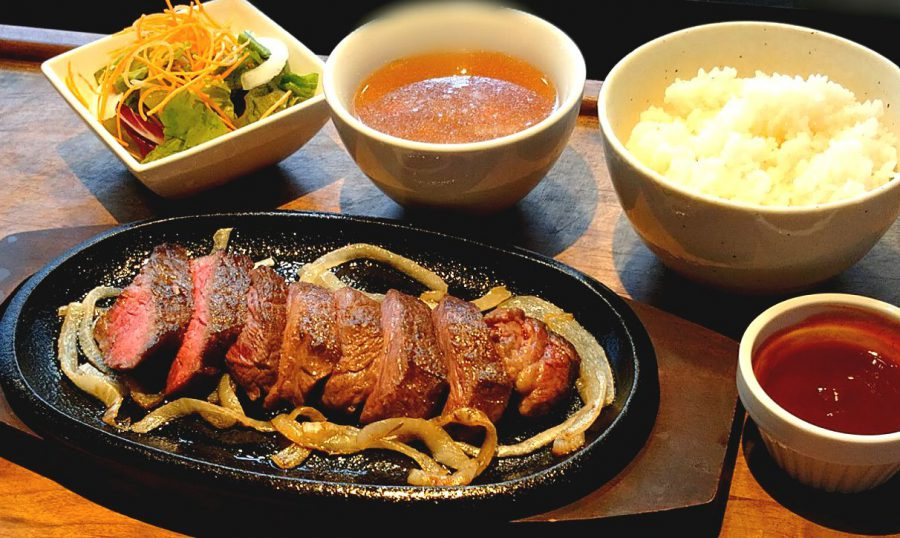 【Salt中目黒の今週の週替わりランチ:希少部位ザブトンのステーキ~バター香るワインレッドソース~(990円)】