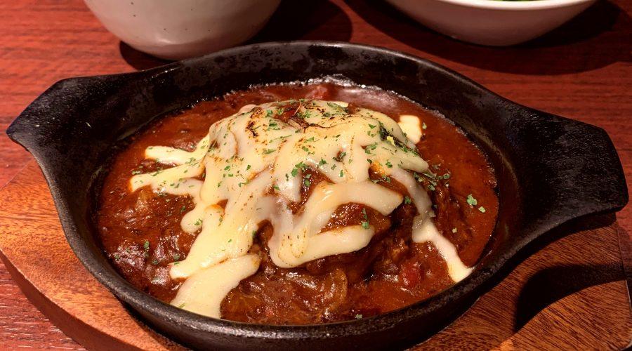 【今週の週替わりランチ:Kamiichi特製ハンバーグ ~焦がしチーズ~(950円)】