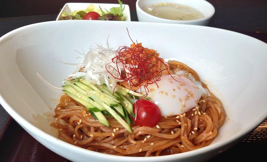 【BeefGarden恵比寿の今週の週替わりランチ:特製 旨辛ビビン麺ランチ(990円)】